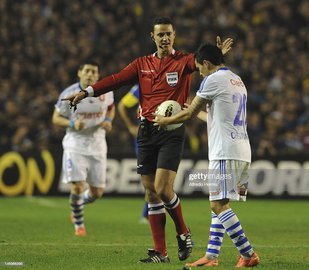 The refereem, Wilmar Roldan from Colombia, during the first leg of the Copa Libertadores 2012 semi-finals between Boca Jrs and Universidad de Chile at Bombonera Stadium on June 14, 2012 in Buenos Aires, Argentina.