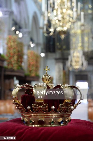 The regalia of Crown Sceptre Globus Cruciger and Sword of State lie at the credencetable prior to the inauguration of King Willem Alexander of the...