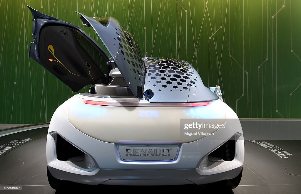The Renault Zoe zero emission electirc concept car is pictured during the second press day at the 80th Geneva International Motor Show on March 3, 2010 in Geneva, Switzerland.The show features World and European premieres of cars, and will be open to the public from March 4th to the 14th.