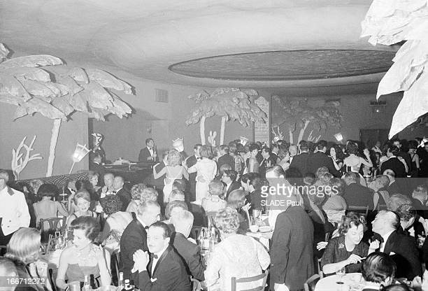 The Restaurant El Morocco Change Address In New York En janvier 1961 aux Etats Unis une soirée d'adieu au cabaret 'El Morocco' de la 54e rue New York...