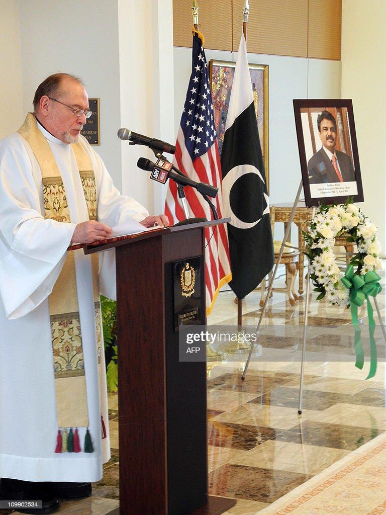 The Reverend Joseph Sobierajski from Washington's Holy Trinity Catholic Church says a prayer for Pakistan's assassinated minister for minorities...