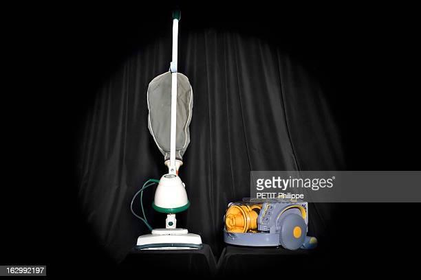 The Revolution Of Everyday Objects Modernes hier hightech aujourd'hui comparaison entre un aspirateur électrique modèle VORWERK KOBOLD des années...