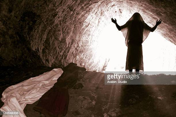 The risen Jesus comes out of the grave.
