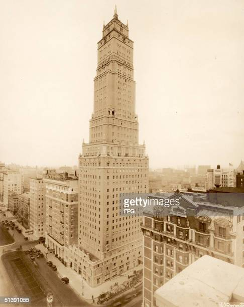 The Ritz Tower built in 1925 was the tallest skyscraper in the world at the time of its completion New York New York 1930s The building an apartment...