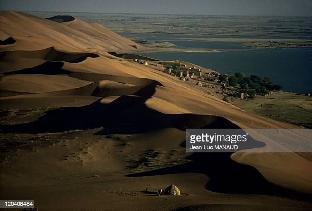 The river of sand in Gao Mali Pink dune
