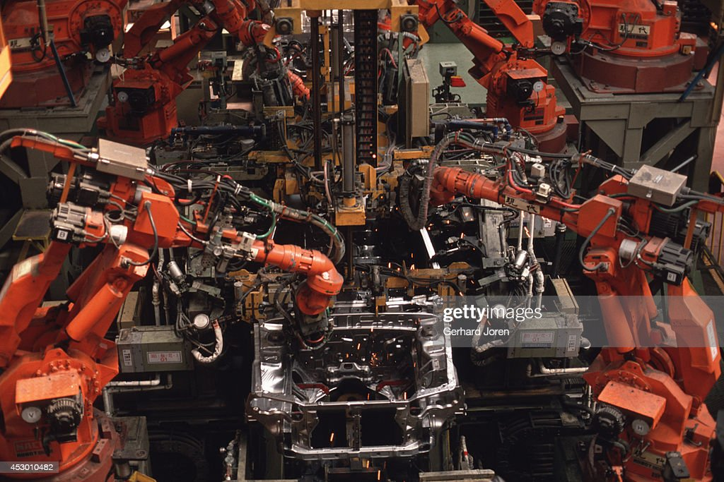 The robotic assembly line for the Elantra model at the Hyundai Motor Company in Ulsan