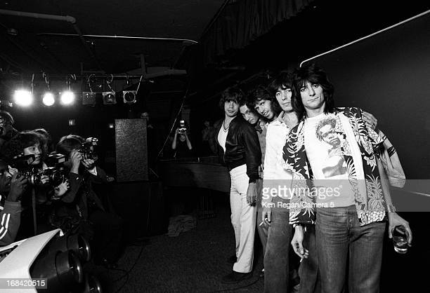 The Rolling Stones are photographed on September 26 1977 at Tracs in New York City CREDIT MUST READ Ken Regan/Camera 5 via Contour by Getty Images