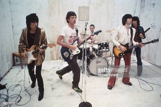 The Rolling Stones on the set of their music video for 'Respectable' New York 1978 Left to right Ronnie Wood Mick Jagger Charlie Watts Keith Richards...