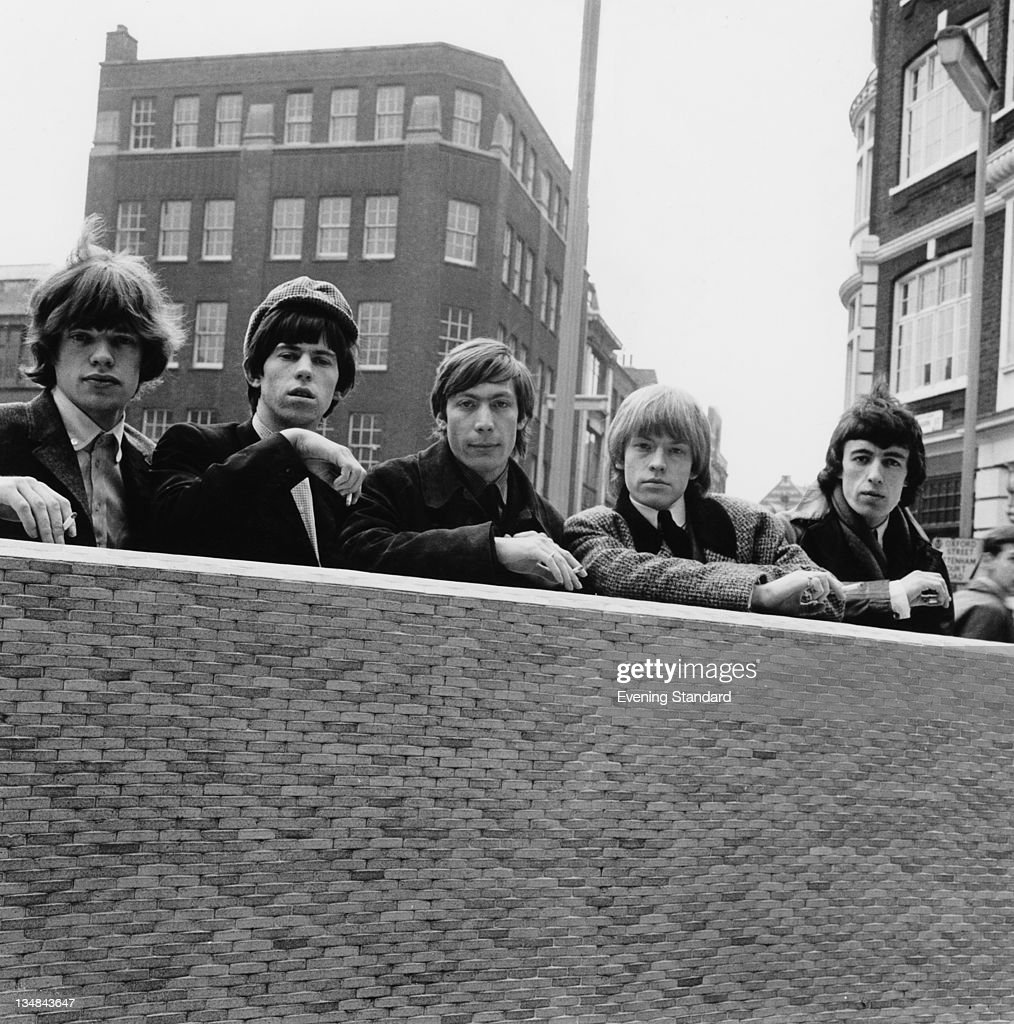 The Rolling Stones, London, 11th May 1964. Left to right: <a gi-track='captionPersonalityLinkClicked' href=/galleries/search?phrase=Mick+Jagger&family=editorial&specificpeople=201786 ng-click='$event.stopPropagation()'>Mick Jagger</a>, <a gi-track='captionPersonalityLinkClicked' href=/galleries/search?phrase=Keith+Richards+-+Musician&family=editorial&specificpeople=202882 ng-click='$event.stopPropagation()'>Keith Richards</a>, <a gi-track='captionPersonalityLinkClicked' href=/galleries/search?phrase=Charlie+Watts&family=editorial&specificpeople=213325 ng-click='$event.stopPropagation()'>Charlie Watts</a>, Brian Jones (1942 - 1969) and <a gi-track='captionPersonalityLinkClicked' href=/galleries/search?phrase=Bill+Wyman&family=editorial&specificpeople=157859 ng-click='$event.stopPropagation()'>Bill Wyman</a>.