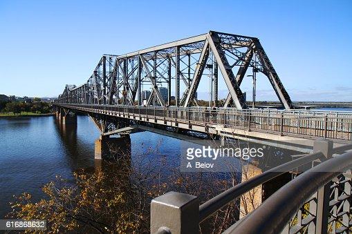 The Royal Alexandra Interprovincial Bridge : Stock Photo
