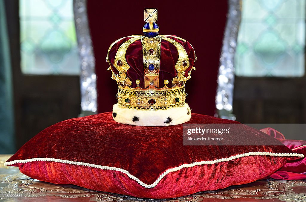 The Royal Crown of Hanover is presented to the media at Schloss Marienburg palace on April 11, 2014 in Pattensen, Germany. The city of Hanover is scheduled to hold a celebration for the British Royal Family to mark the '300-year personal union' in May and June this year. Prince Andrew, Duke of York, is expected to take part in the celebrations in June.