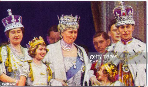 The Royal Family on the balcony of Buckingham Palace on the occasion of King George VI's coronation 1937 Here with King George VI are his consort...