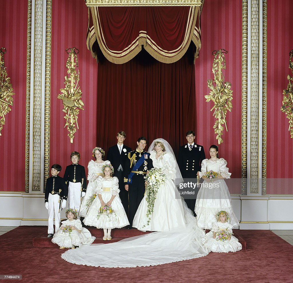 Throne room buckingham palace - The Royal Wedding Group In The Throne Room At Buckingham Palace On 29th July 1981 With