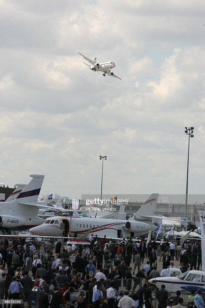 The Russian Sukhoi Superjet 100 performs its flying display on June 16 2009 during the 48th international Paris Air Show at Le Bourget airport The...
