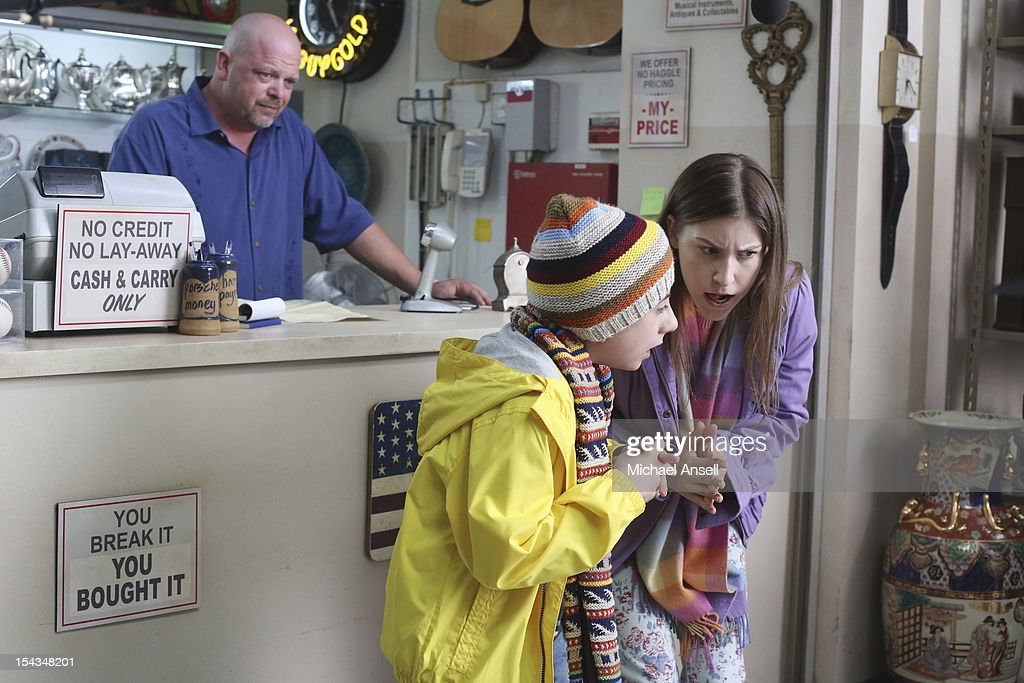 THE MIDDLE - 'The Safe' - Frankie is made an example of in front of the entire class when she doesn't make a good impression on her first day of dental assisting school with no-nonsense teacher Mrs. Armwood (Jane Kaczmarek, 'Malcolm in the Middle'). Meanwhile, because Axl's broken foot may end any chance of his receiving a college sports scholarship, Frankie and Mike insist that he up his grades and get himself a tutor; and Sue and Brick think they've stumbled upon an expensive item inside an old safe and try to get big bucks for it from a local pawn store employee (Rick Harrison, 'Pawn Stars'), on 'The Middle,' WEDNESDAY, NOVEMBER 7 (8:00-8:30 p.m., ET) on the ABC Television Network. SHER