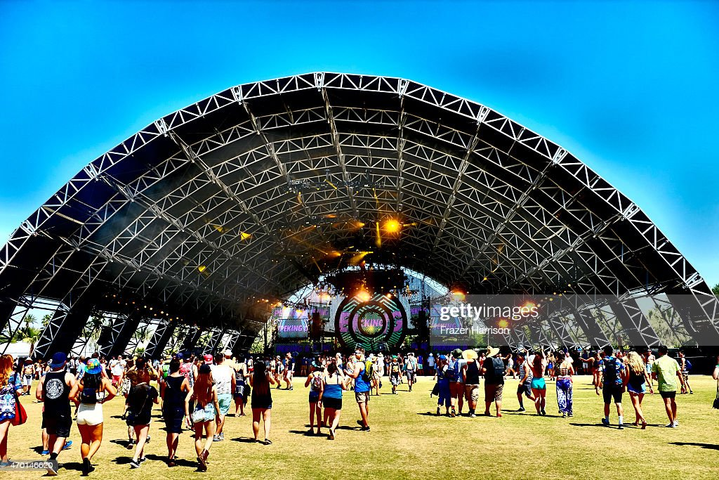 An Alternative View Of The 2015 Coachella Valley Music And Arts Festival - Weekend 2 & Festival Of Sahara Fotografías e imágenes de stock | Getty Images