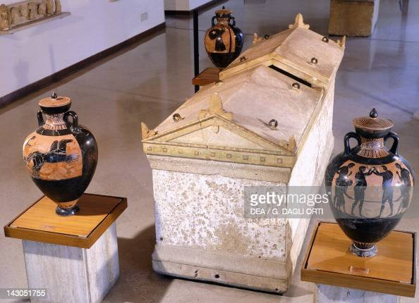 The sarcophagus of the athlete ot Taranto with three Panathenaic amphoras artefacts unearthed in Taranto Apulia Italy Ancient Greek civilization...