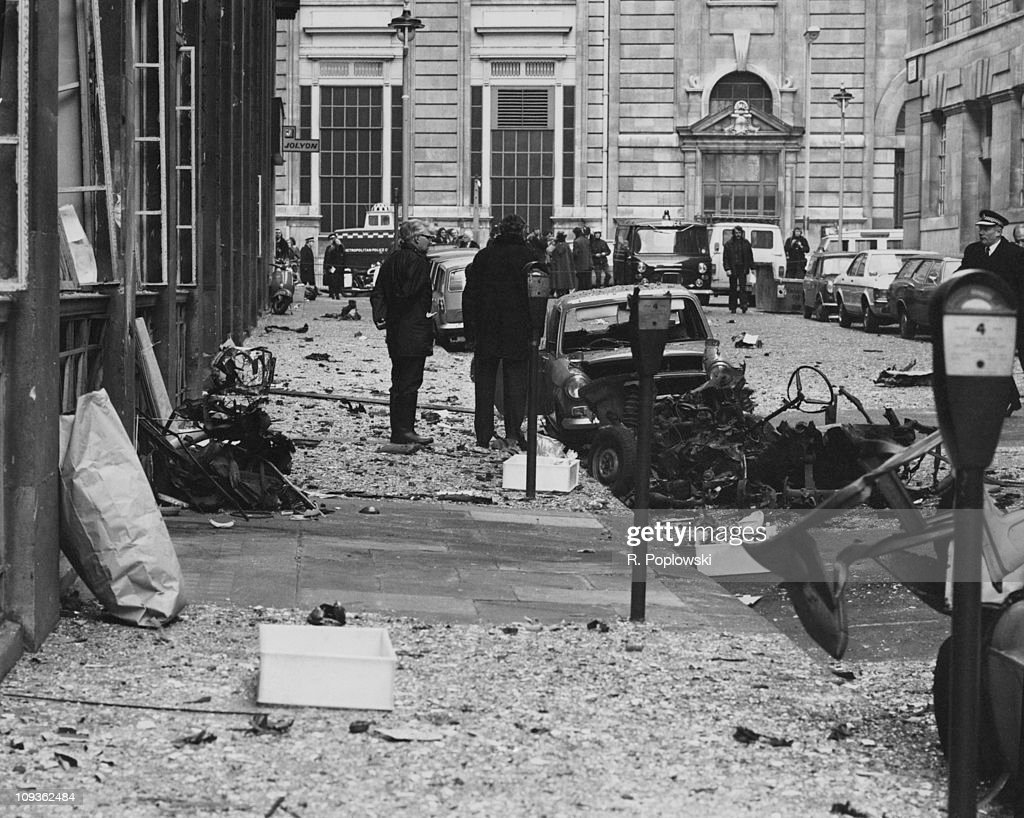 The scene of an IRA car bomb explosion outside government ...