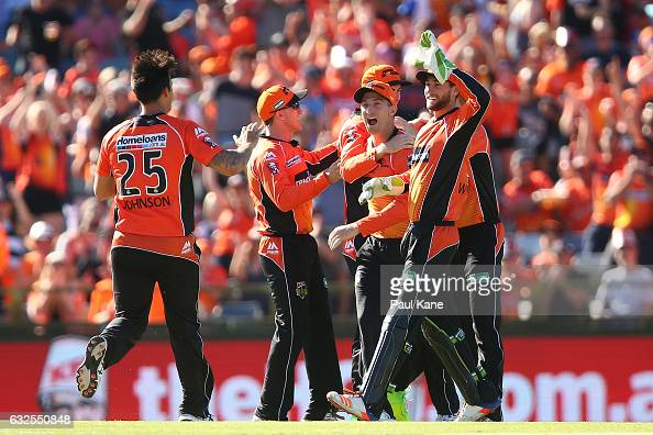 The Scorchers celebrate the wicket of Luke Wright of the Stars during the Big Bash League match between the Perth Scorchers and the Melbourne Stars...