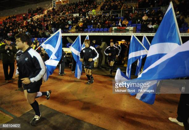 The Scotland team emerge from the tunnel