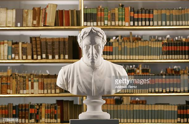 The sculpture of Italian poet Dante is seen at the historic Rococo room of the Duchess Anna Amalia Library on October 18 2007 in Weimar Germany One...
