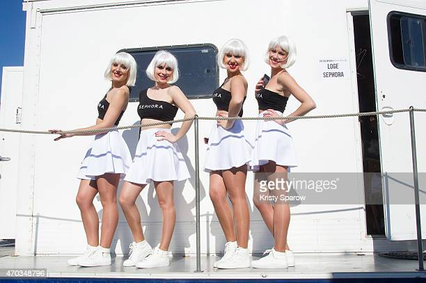 The Sephora girls pose backstage during the second edition of The Colour Run on April 19 2015 in Paris France The Color Run is a five kilometer paint...