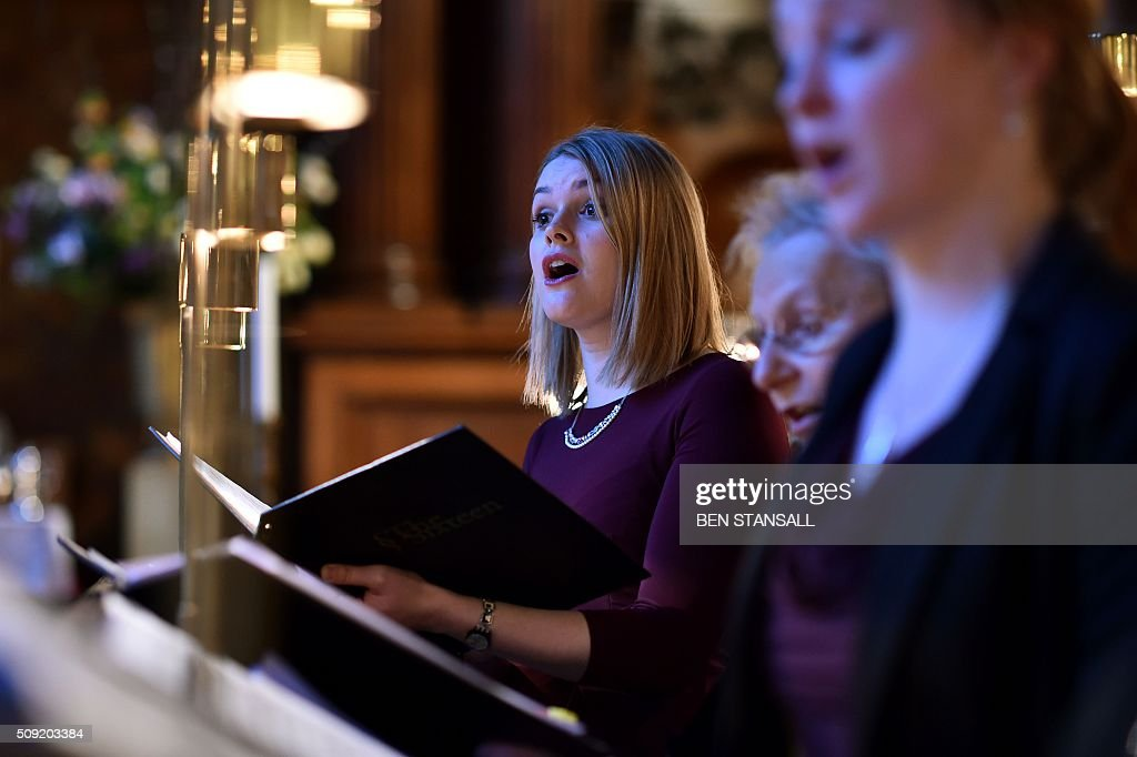 The service is rehearsed inside the Royal chapel ahead of a service at Hampton Court Palace, in south west London on February 9, 2016. The sounds of Latin song will echo through the halls of Hampton Court Palace in London on Tuesday for the first Catholic service in more than 450 years to be held in anti-Vatican king Henry VIII's residence. Cardinal Vincent Nichols, head of the Catholic Church in England, celebrates the Vespers with Anglican Bishop of London Richard Chartres in a symbolic gesture of reconciliation between the two churches. / AFP / Ben STANSALL