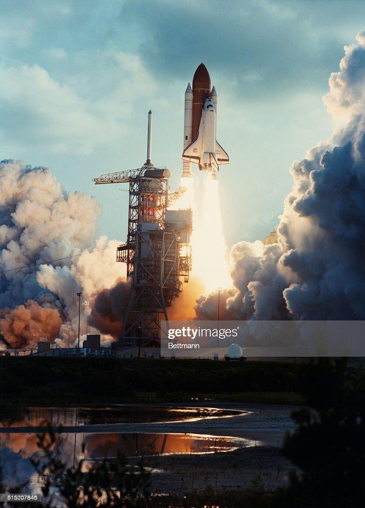during a space shuttle landing a parachute deploys - photo #41