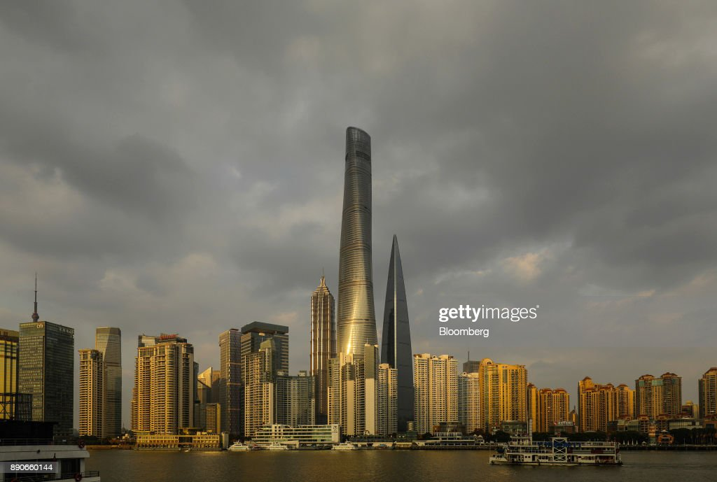 General Views of Shanghai Tower