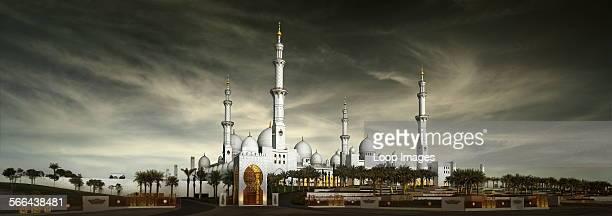 The Sheikh Zayed Bin Sultan Al Nahyan Grand Mosque in Abu Dhabi