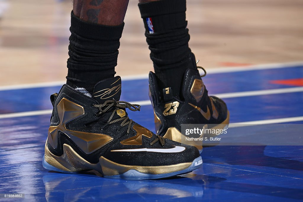 lebron james knicks shoes - photo #9