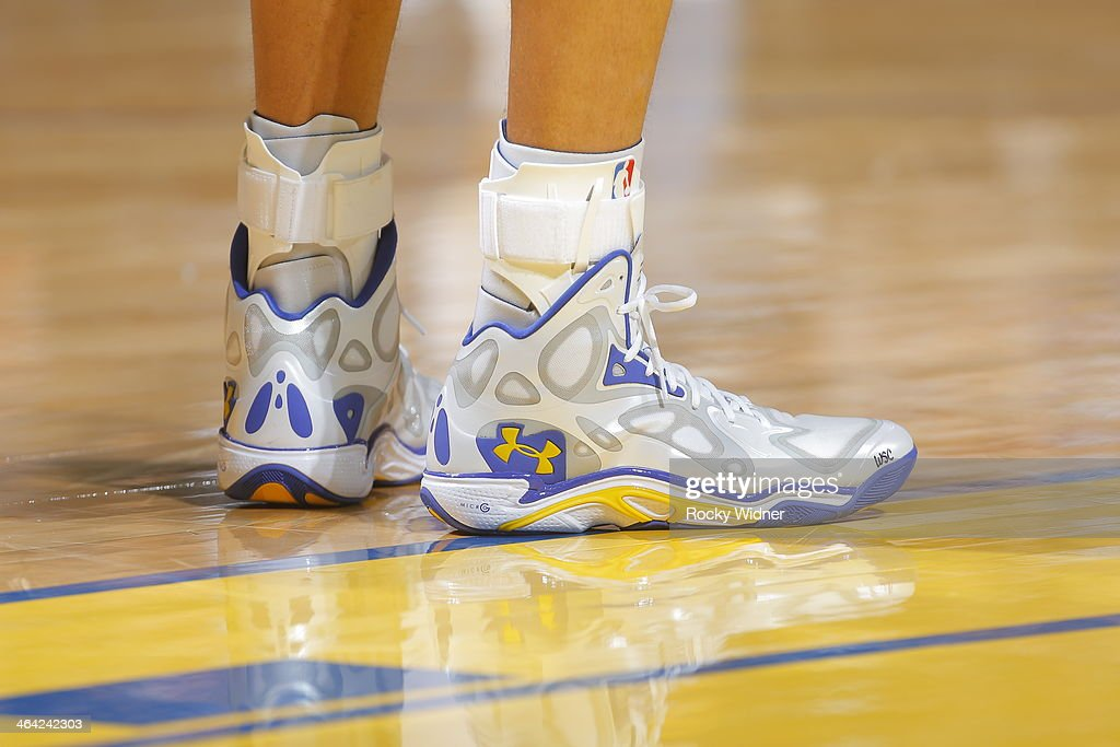stephen curry game used shoes