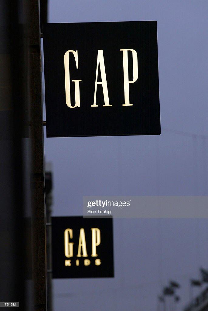 gap inc in france Gap inc operates about 3,100 stores in the united states, canada, the united  kingdom, france, ireland, italy, japan and china in addition.