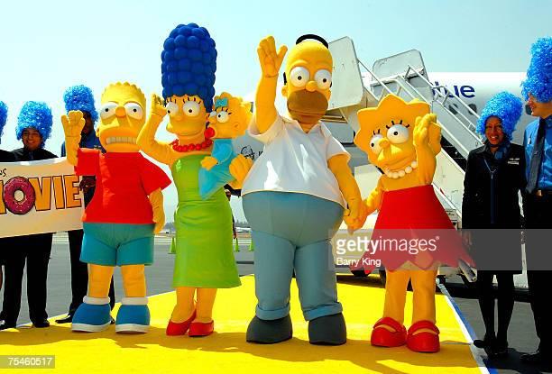 Lisa simpson photos et images de collection getty images - Marge simpson et bart ...
