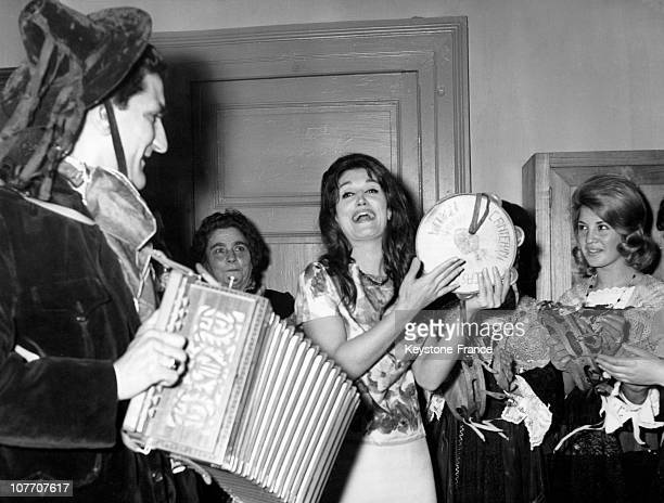 The Singer Dalida Is For Few Days In The Town Of Her Forefathers Serrastretta In The Province Of Catanzaro On April 07Th 1962