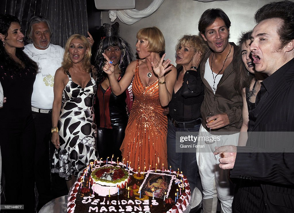 The singer, dancer, actress and French star Marlene Mourreau the day of his birthday with (from letf) Marc Ostarcevic, Jenny Llada, Regina dos Santos and Rosa Valenti, 21th April 2009, club 'Jhambala', Madrid, Spain.