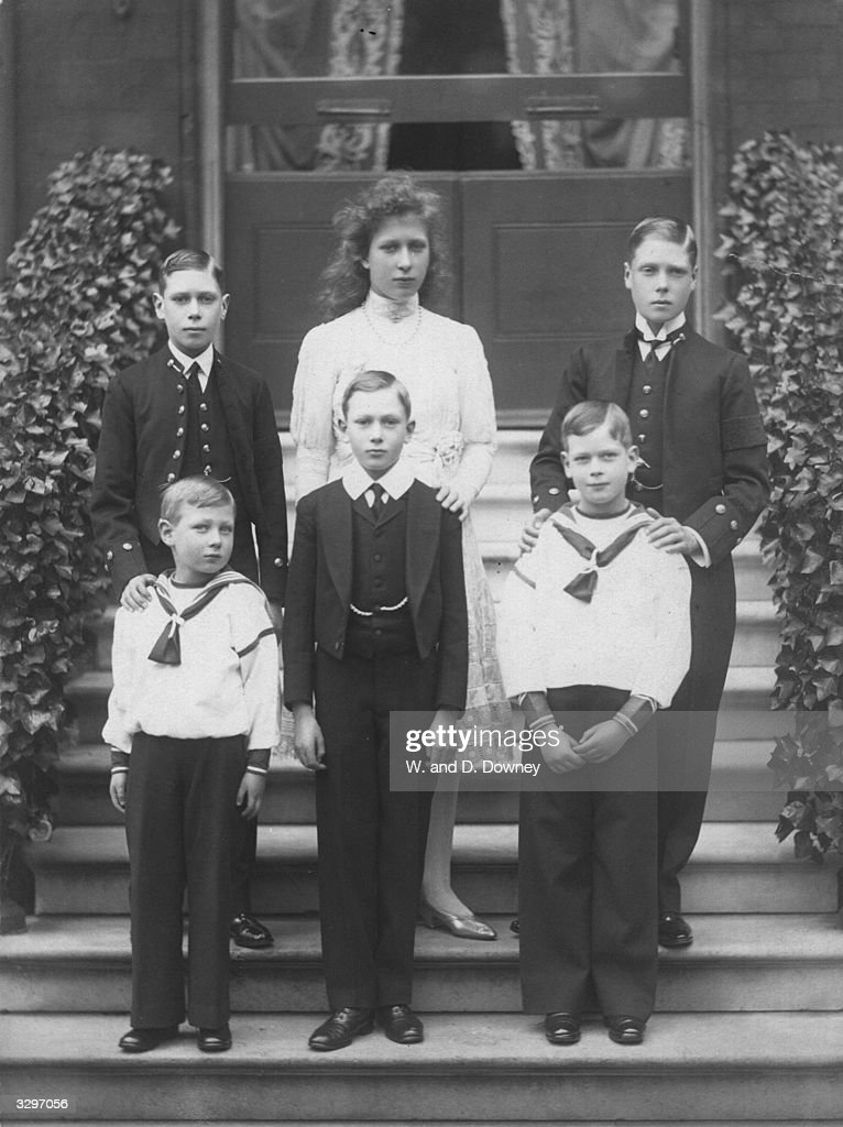 The six children of King George V and Queen Mary From top left Prince Albert later King George VI Princess Mary later the Princess Royal Prince...
