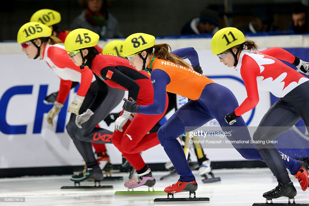 The skaters in action during the ladies 1500m final A during Day 2 of ISU Short Track World Cup at Sportboulevard on February 13, 2016 in Dordrecht, Netherlands.