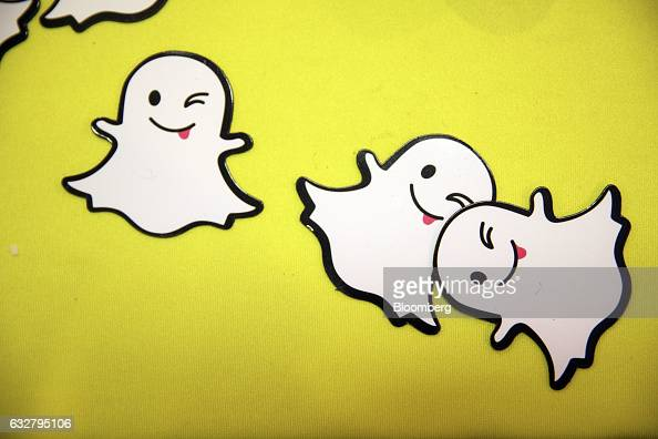 how to change snapchat ghost picture
