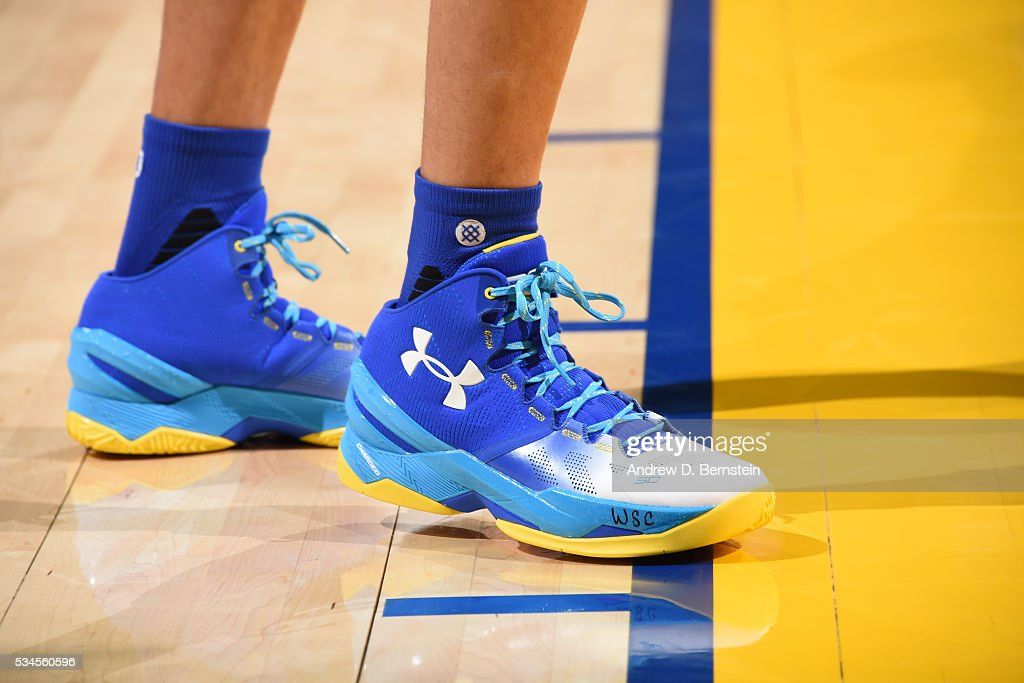 The sneakers of <a gi-track='captionPersonalityLinkClicked' href=/galleries/search?phrase=Stephen+Curry+-+Basketspelare&family=editorial&specificpeople=5040623 ng-click='$event.stopPropagation()'>Stephen Curry</a> #30 of the Golden State Warriors before the game against the Oklahoma City Thunder in Game Five of the Western Conference Finals during the 2016 NBA Playoffs on May 26, 2016 at ORACLE Arena in Oakland, California.
