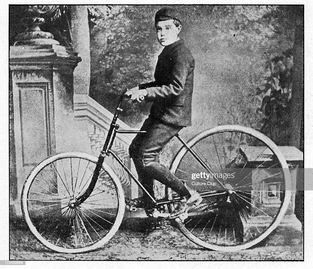 A major step forward in traveling in comfort, John Boyd Dunlop was granted a patent for the first practical inflatable tyre on 7 December 1888