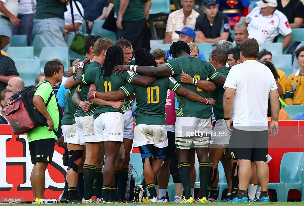 The South Africa team huddle after their final game at the day 1 match between South Africa and Kenya at the HSBC Sydney Sevens at Allianz Stadium on February 06, 2016 in Sydney, Australia.