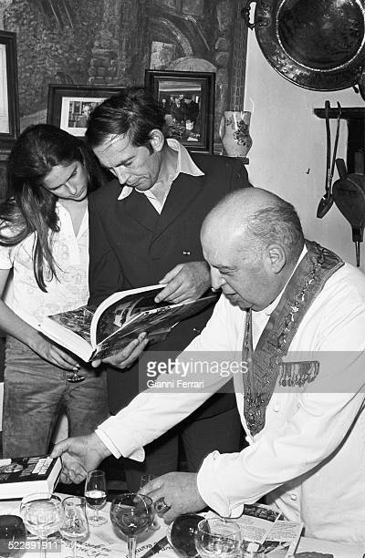 The South African surgeon and cardiologist Christiaan Barnard and his wife Barbara in the resaturant 'Candido' Segovia Castilla y Leon Spain