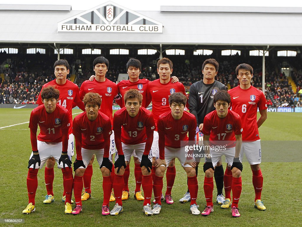 The South Korean starting line up (L-R back row) Lee Jung-Soo, Kwak Tae-Hwi, Ki Sung-Yueng, Ji Dong-Won, Jung Sung-Ryong, Shin Hyung-Min, (L-R front row) Son Heung-Min, Choi Jae-Soo, Koo Ja-Cheol, Shin Kwang-Hoon, Lee Chung-Yong, pose for a photograph before the International friendly football match between South Korea and Croatia at Craven Cottage stadium in London on February 6, 2013 .