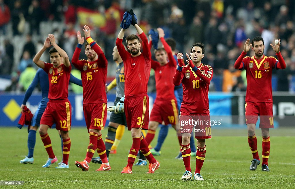 The Spain team celebrate after their victory during a FIFA 2014 World Cup Qualifier between France and Spain at Stade de France on March 26, 2013 in Paris, France.
