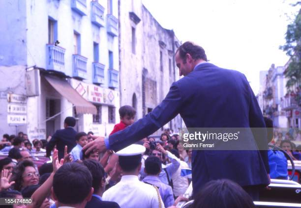 The Spanish King Juan Carlos acclaimed by the crowd Third November 1978 Vera Cruz Mexico