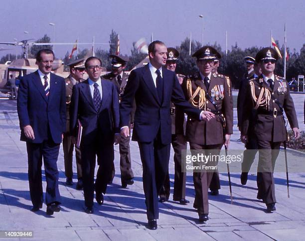 The Spanish King Juan Carlos and the Shah Reza Pahlavi before laying a wreath at the tomb of the Unknown Soldier Teheran Iran