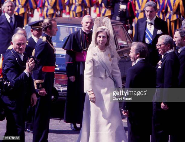 The Spanish Kings Juan Carlos and Sofia are received in audience by Pope John Paul II First in April 1981 Rome Italy