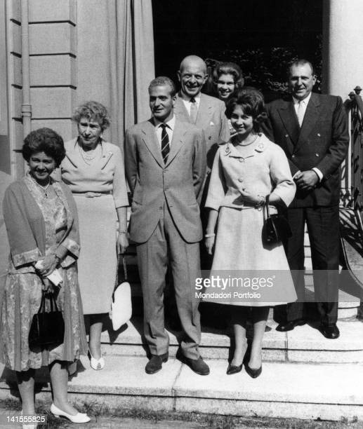 The Spanish prince Juan Carlos of Bourbon and fiancee Sophia of Greece posing with some family members Lausanne September 1961