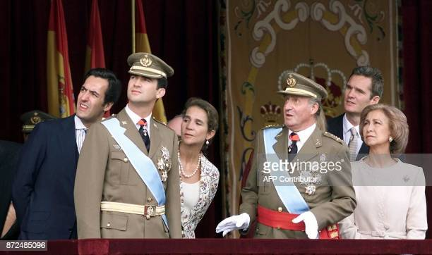 The spanish royal family attend the military parade on the occasion of the Day of Hispanity in Madrid 12 October 2001 From L to R Jaime de Marichalar...